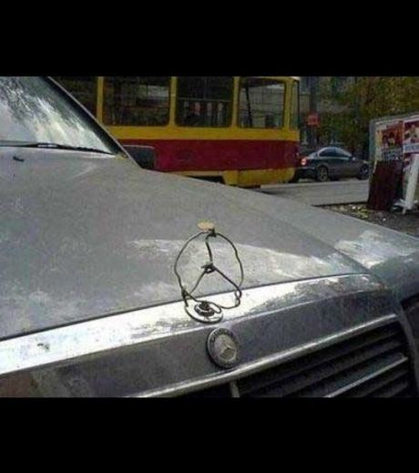 Mercedes Logo made of iron wire