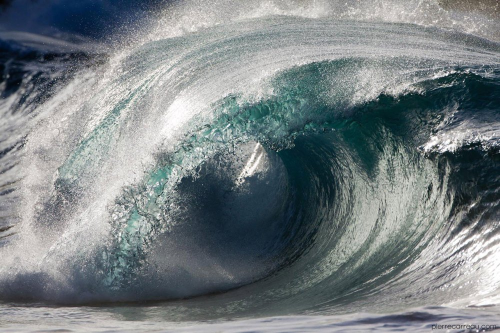 The Beauty Of Sea Waves Frozen In time (Credit Pierre Carreau)