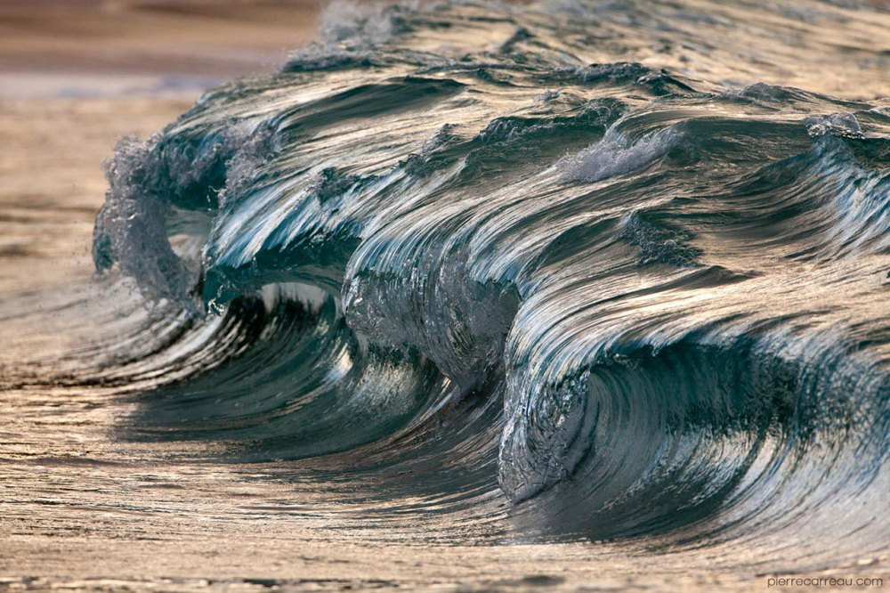 The Beauty Of Sea Waves Frozen In time (Credit Pierre Carreau)