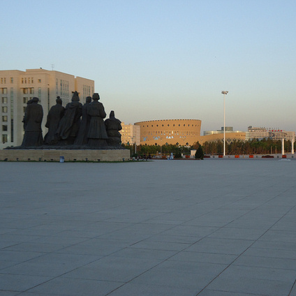 A Kangbashi, 1 million people were expected. They are only 30,000.