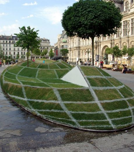 Here is the explanation. Of The Illusion. This Is In Paris.