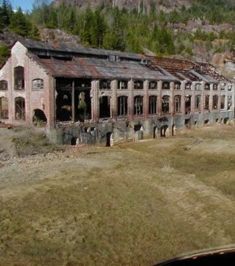 This city is part of Anyox. A Canadian ghost town in British Columbia