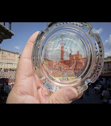 Le Piazza Del Campo In Venice (Credit Michael Hughes)