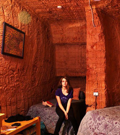 A bedroom in Coober Pedy