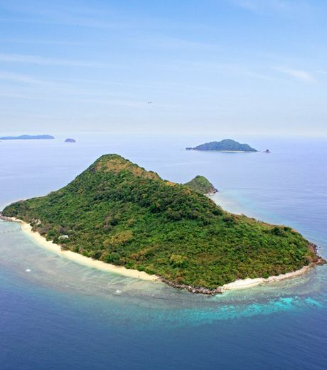 A photo of the Ariari island located in Philippines and a cost of 9 million euros