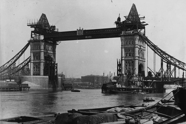 Tower Bridge – London (1886-1894)