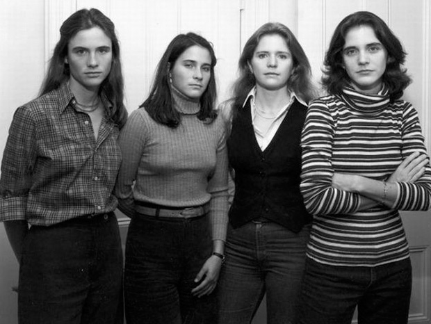 Four Sister In 1977 (Credit Nicholas Nixon)