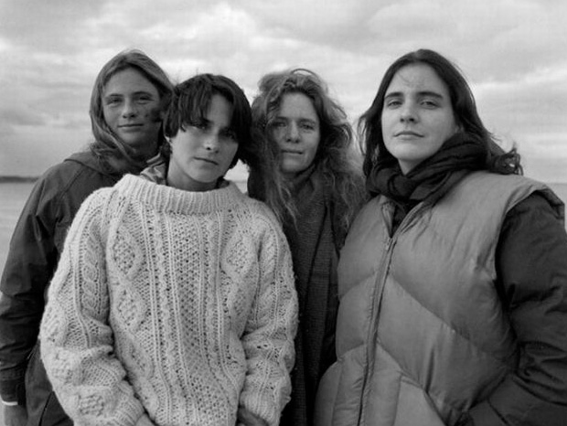Four Sister In 1982 (Credit Nicholas Nixon)