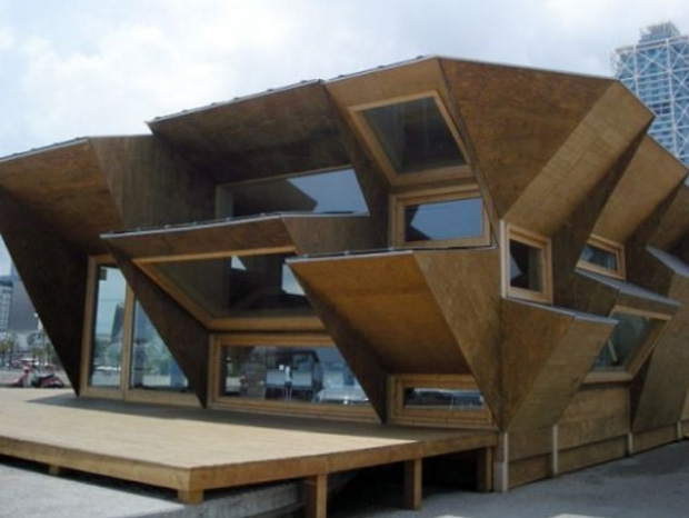 A wooden house self-sufficient in energy using solar power