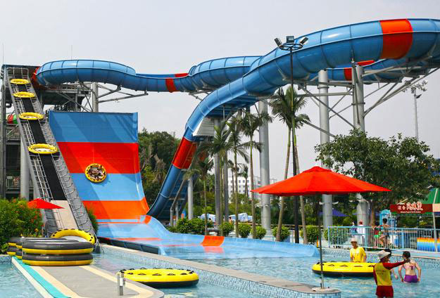 The Giant Slide, China