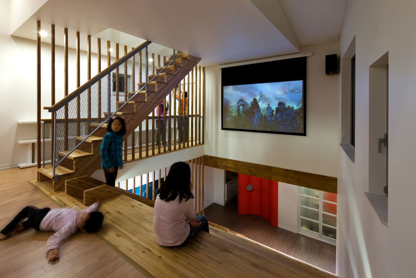 Panorama House: A Futuristic House Where Children Can Grow Up Having Fun