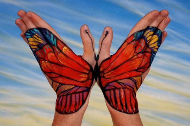 Guido Daniele Ultra Realistic Hand Painting Butterfly