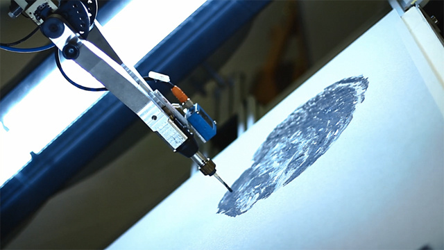 Robot Makes Creative Paintings1