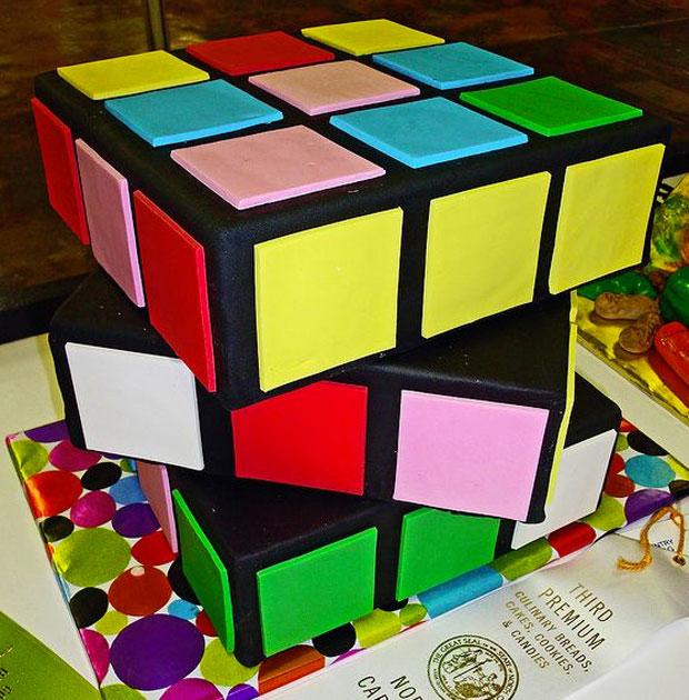Rubix Cube design cake