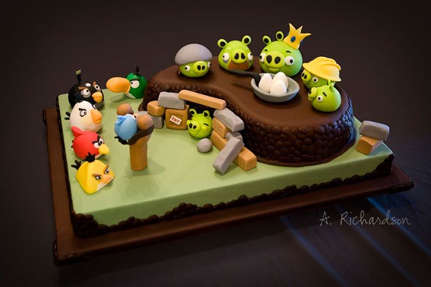 Cartoon Character Design For Cake : Want to bite a cake with your favourite cartoon character