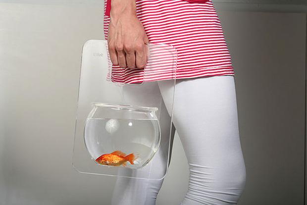 Aquarium easy to carry
