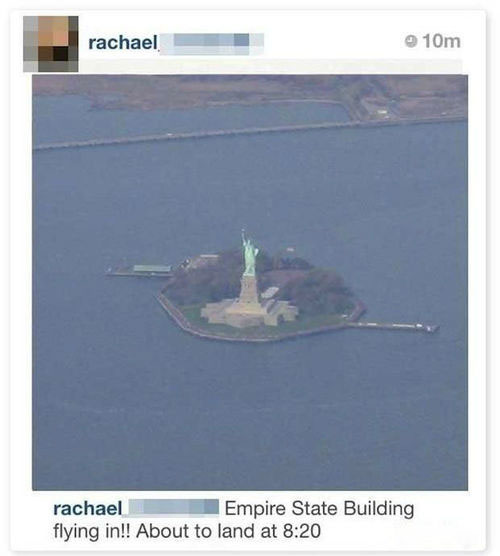 Funny Tourists: Statue Of liberty