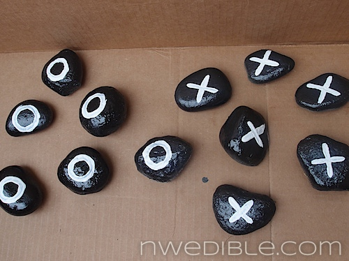 Make a Tic Tac Toe outdoors