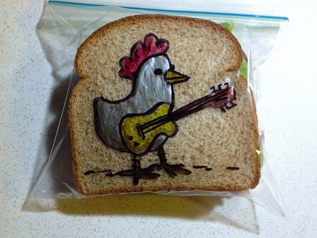 a hen cartoon design on a sandwich