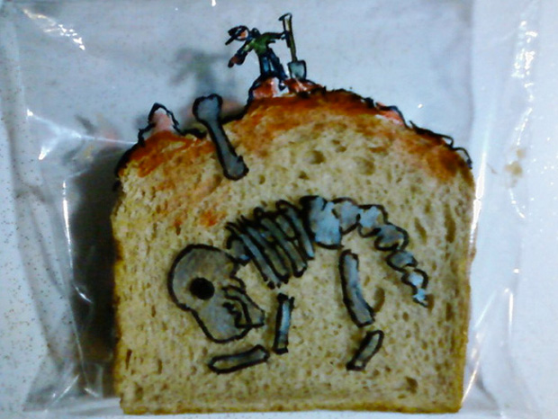 a dinosaur skeleton design on asandwich
