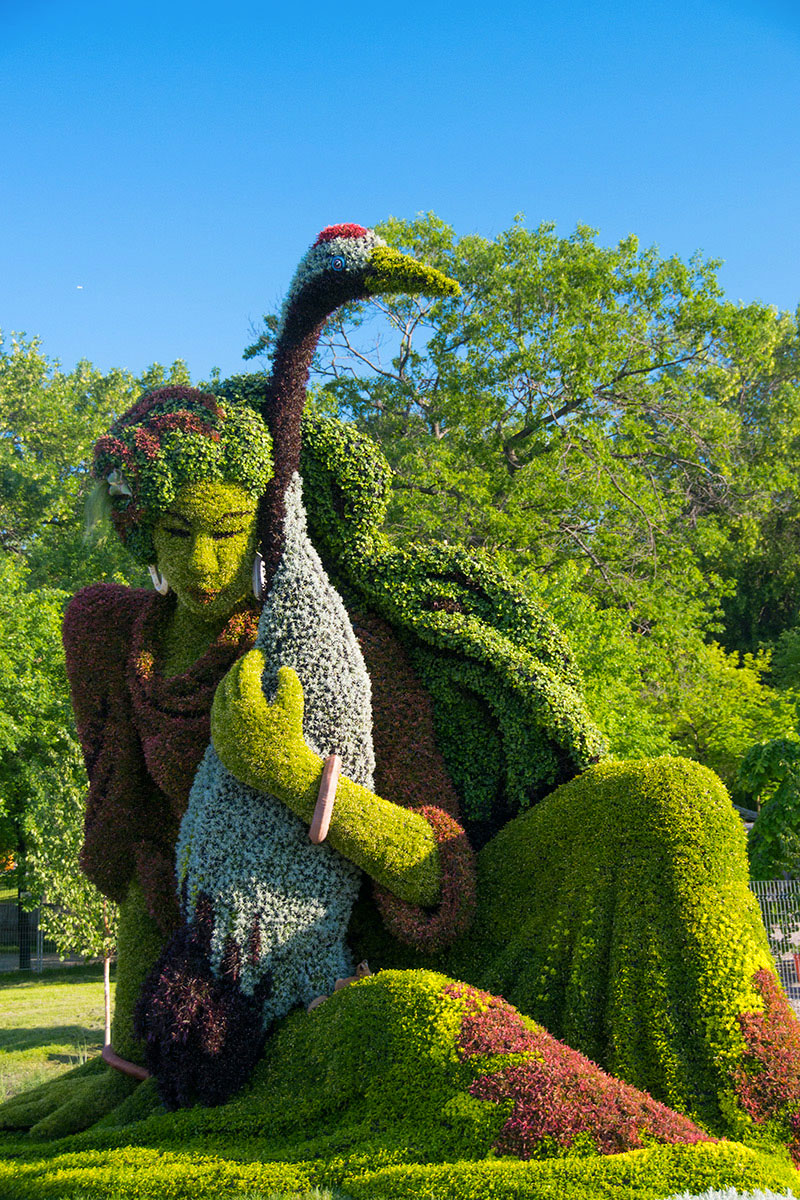 Amazing Plant Sculptures In Montreal Gardens16