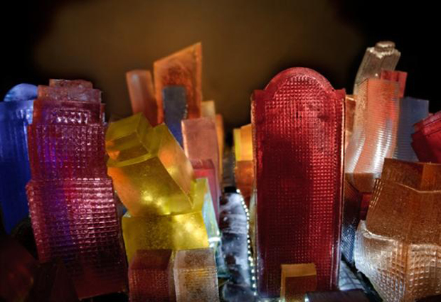 Sky scrapers Liz  Hichkok: Incredible Cities And Monuments Made From Jelly