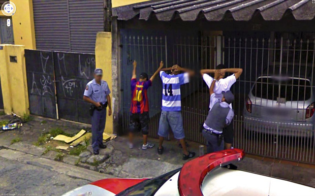 Amazing And Strange Photo Shots From Google Street View
