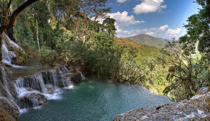 Natural pool falls Tat Kuang Si - Luang Prabang, Laos