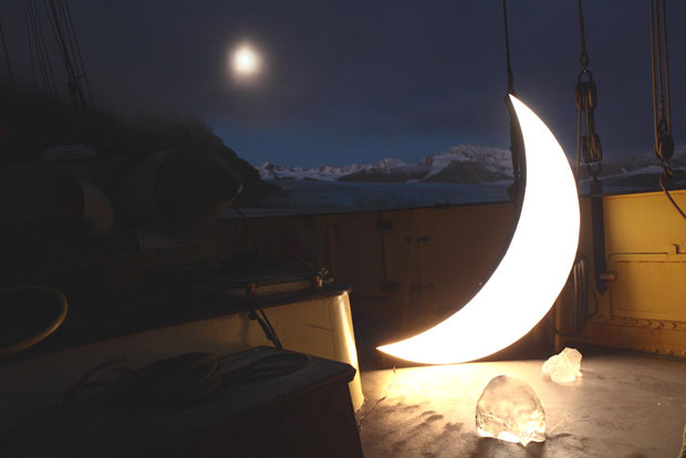 Leonid Tishkov: Russian artist takes portable moon around the world, surrealist art