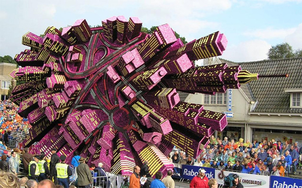 Sculpture of a city made from Flowers: Flower Parade in Zundert, Netherlands