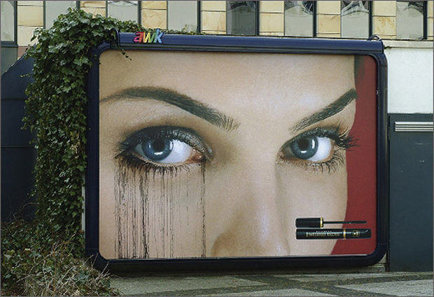 Makeup: Highly Creative advertisement Examples