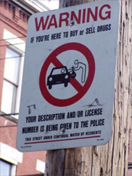 Forbidden to sell drugs on the street