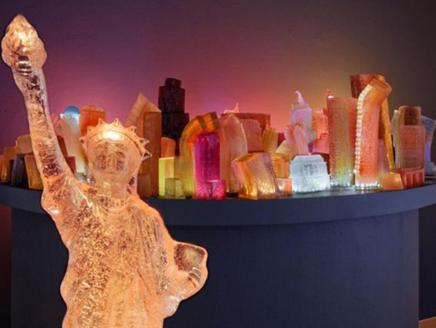 statue of liberty Liz  Hichkok: Incredible Cities And Monuments Made From Jelly