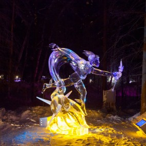 Stunning Sculptures Made With Delicately From A Block Of Ice (Photo Gallery)