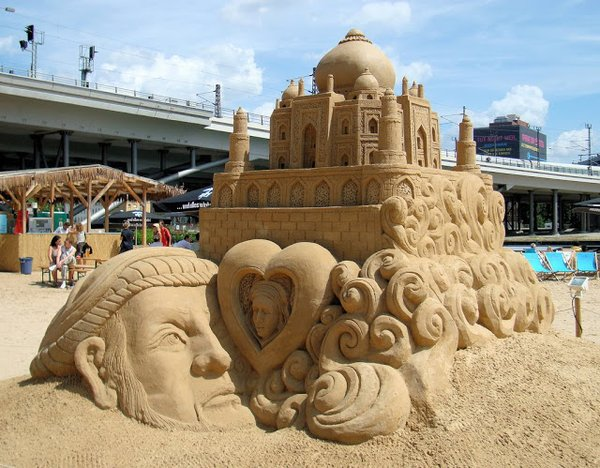 Taj Mahal Amazing Sand Sculptures