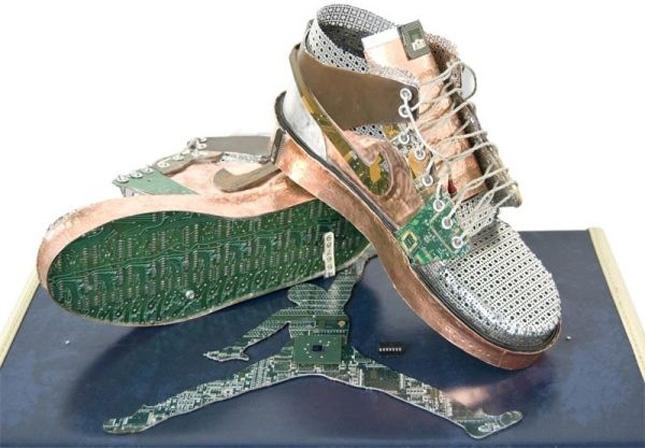 Nike of Gabriel Dishaw-Geek Art Inspired By High-Tech