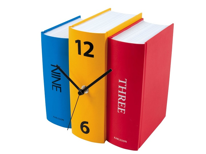 Library Clock:Unusual And Original Clock Designs