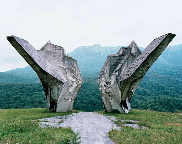 Tjentište-Fascinating Monuments Of The Former Yugoslavia Left Out In The Past