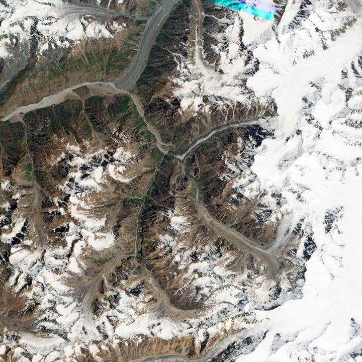Glacier Medvezhiy - Tajikistan