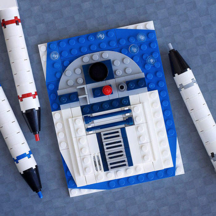 R2D2 - Star Wars-LEGO to recreate Characters Of Your in Favourite Movie And Cartoon Series
