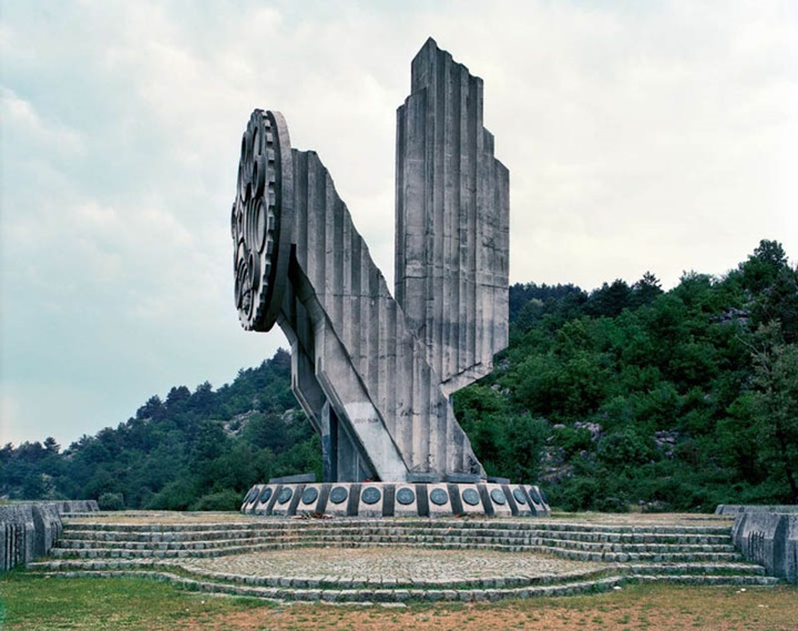 Nikšic-Fascinating Monuments Of The Former Yugoslavia Left Out In The Past