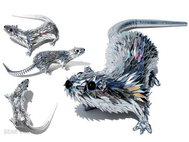 Animals made from CDs by Sean Avery-Geek Art Inspired By High-Tech