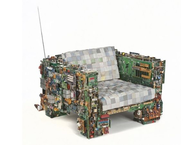 The sofa of Benjamin Rollins Caldwell-Geek Art Inspired By High-Tech