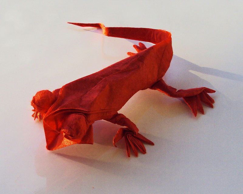 Matthew  Georger-The art of Origami converts The paper into animals