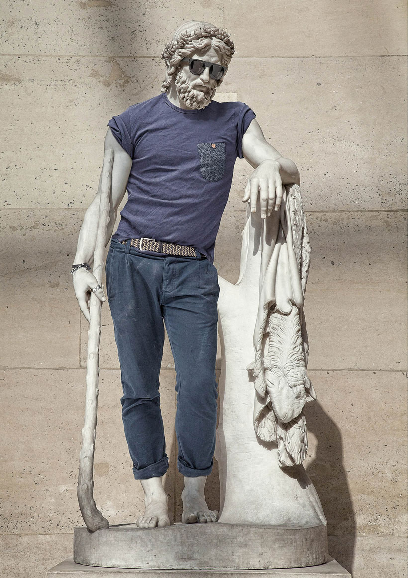 The Famous Sculptures Of The Louvre Museum In Hipster Styles (Photo Gallery)