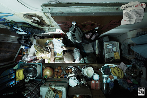 Stunning Photographs Of The Vertical Slums In Hong Kong