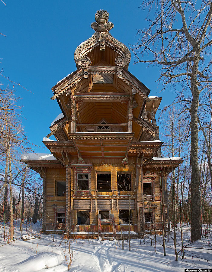 Wooden houses abandoned - Russia-Most Fascinating Abandoned Places Of The World