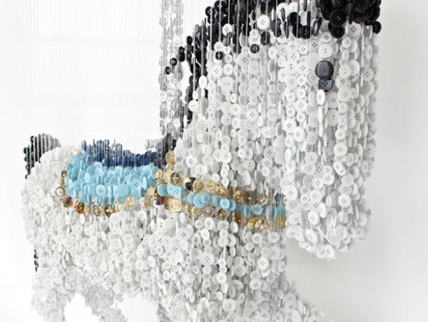 Artist Creates Beautiful Hanging Artworks Using Simple Button