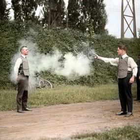18 Historical Photographs Colorized To Make You Relive The Moments Of The Past