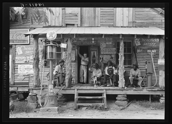 """Old Gold"" country store, 1939"